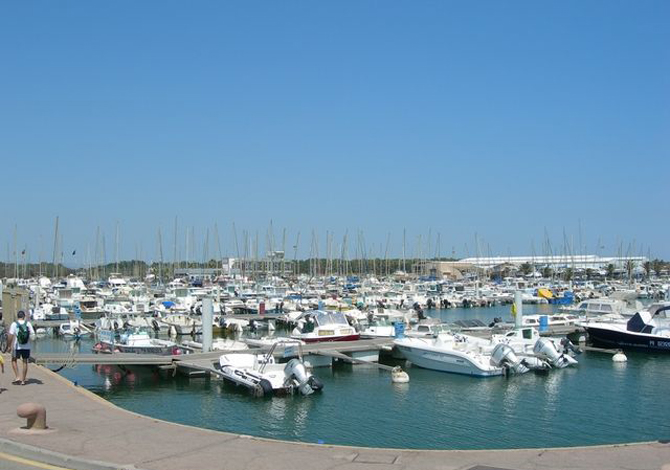 Location canet plage flp143 location vacances canet plage for Location garage canet en roussillon