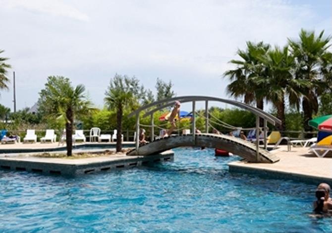 Location camping la marine annule location vacances for Camping grau du roi bord de mer avec piscine