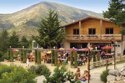 Location camping rcn les collines de castellane for Piscine castellane