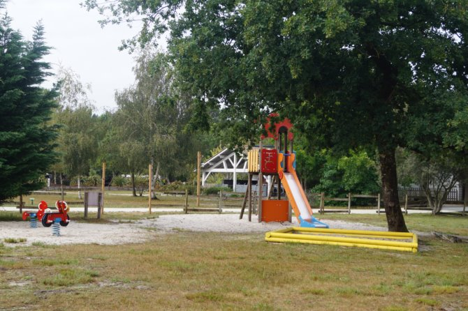 Camping Le Village Western 4*