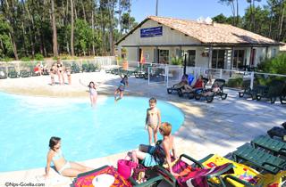Location les demeures du lac location vacances for Casteljaloux piscine