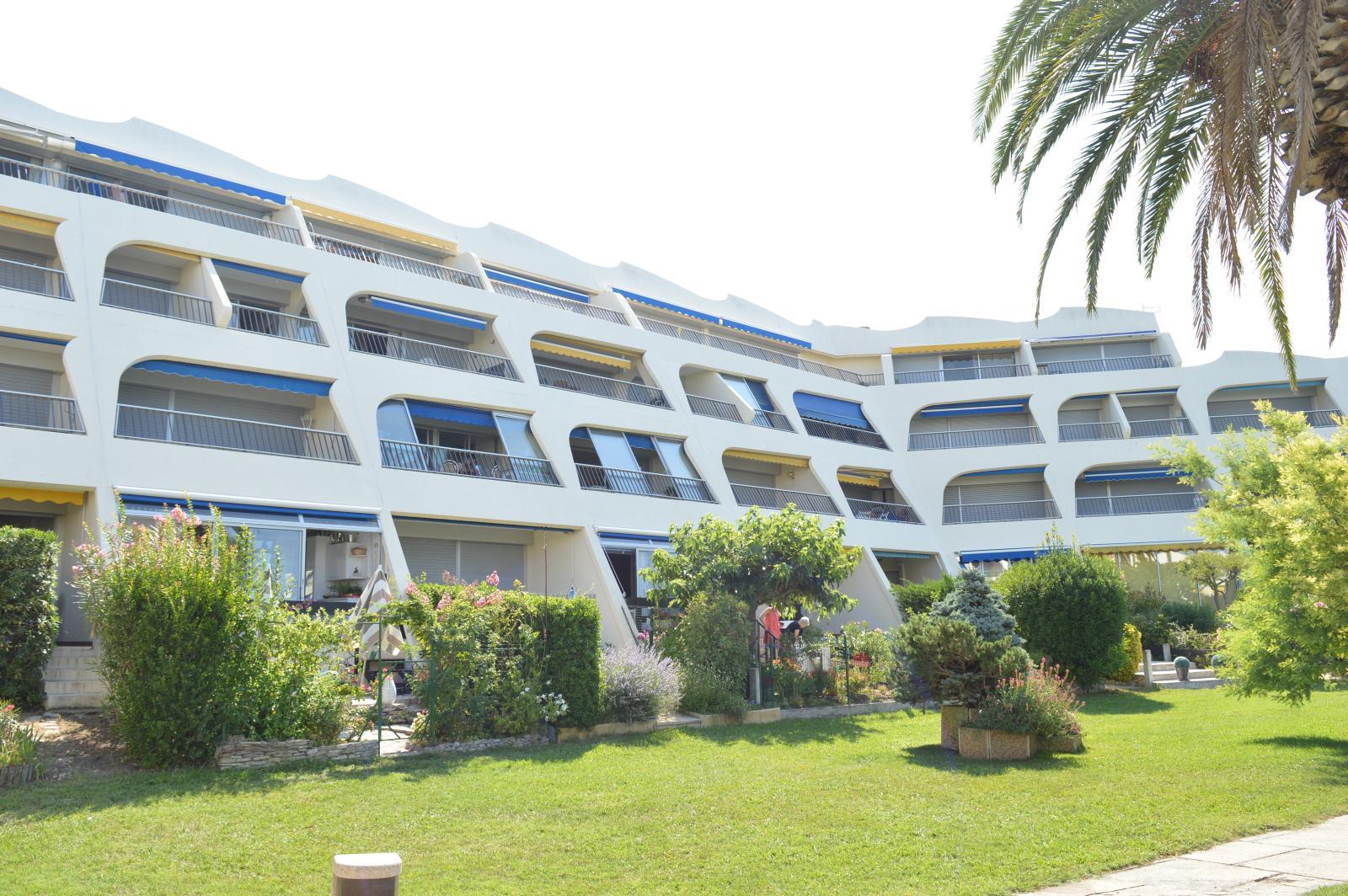 Location Les Jardins Du Port Location Vacances Port Camargue