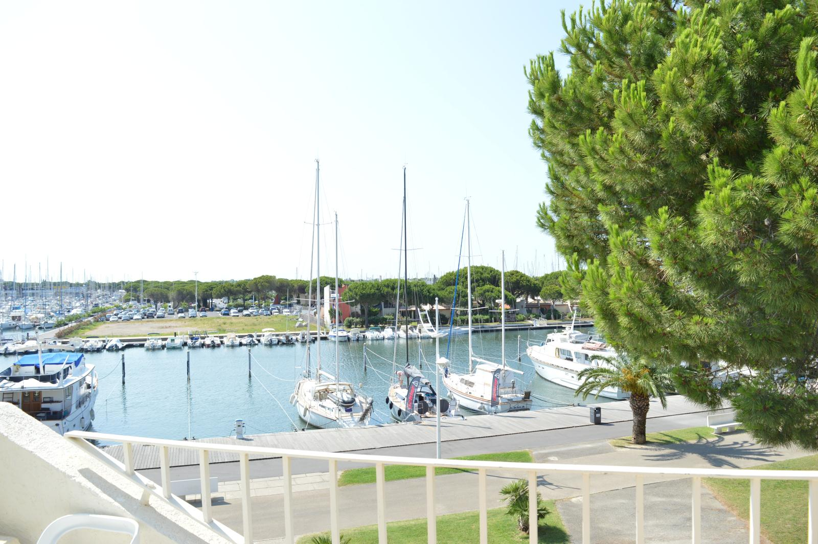 Location les terrasses de l 39 espiguette location vacances - Location appartement port camargue particulier ...