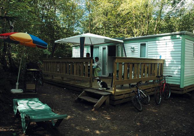 Location Camping Le Bois de Pleuven  , Location vacances # Camping Bois De Pleuven