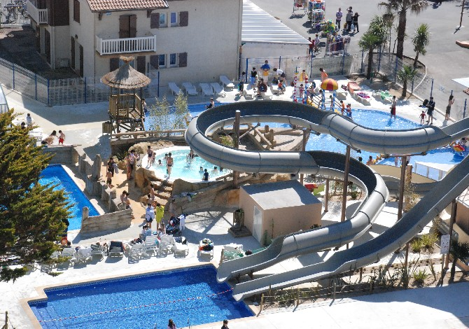Location camping le vieux port location vacances messanges - Camping vieux port messanges ...