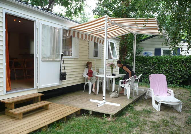 Camping Le Dauphin ****