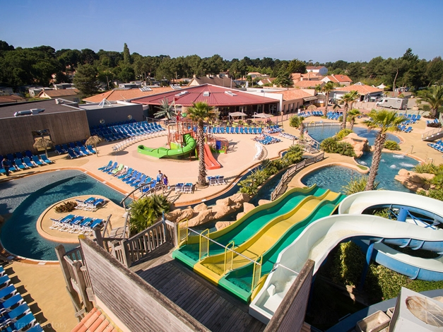 Location camping le fief 5 location vacances saint for Camping st brevin les pins avec piscine
