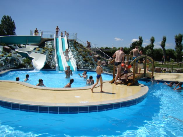 Location camping le fanal 4 location vacances isigny sur mer for Camping piscine normandie