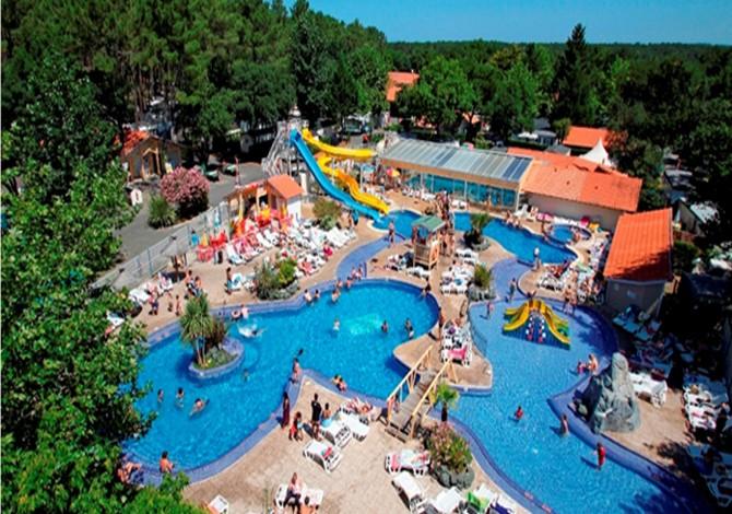 Location camping lou pignada location vacances for Camping au pays basque avec piscine
