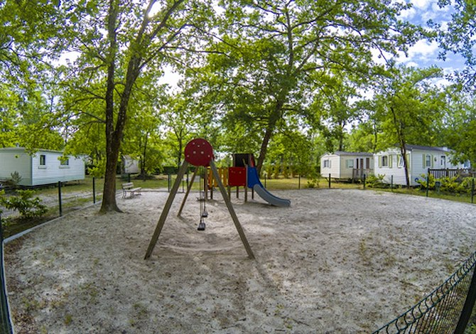 Camping Lou Broustaricq 4*