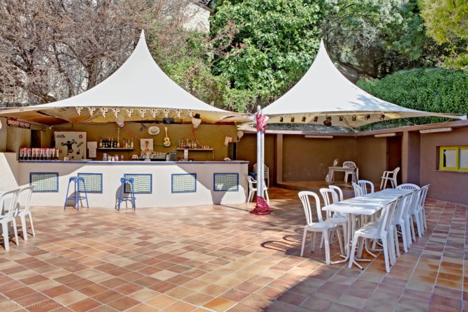 Location camping saint louis 4 location vacances - La table du village auribeau sur siagne ...