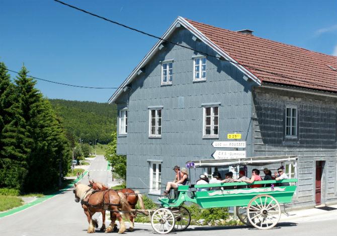 Location h tel od sia le gr pillon location vacances les for Piscine les rousses