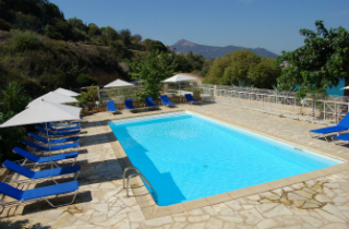 Camping avec piscine l 39 ile rousse for Camping ile rousse avec piscine
