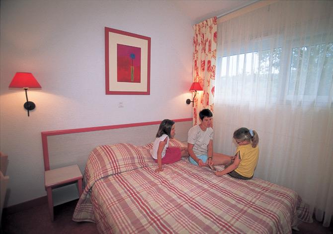 location vvf villages maisod lac de vouglans location vacances. Black Bedroom Furniture Sets. Home Design Ideas