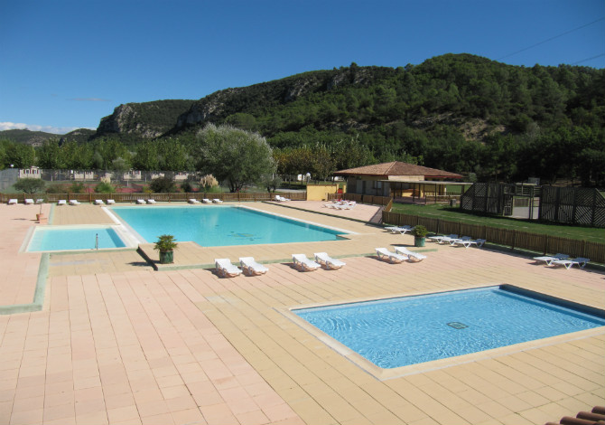 Location camping verdon parc location vacances for Camping verdon piscine