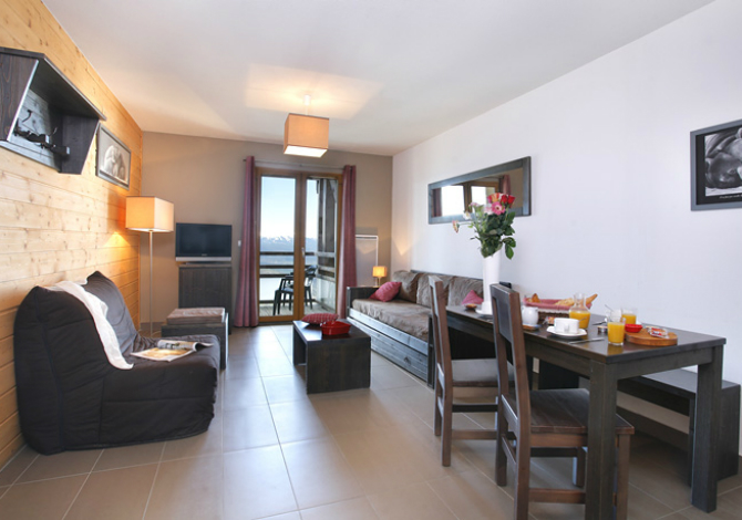 Location r sidence le pic de l 39 ours en formule h teli re for Location residence hoteliere