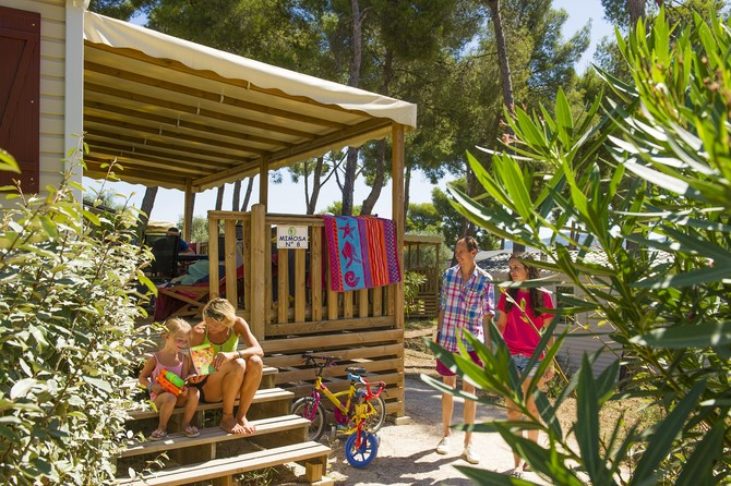 Camping Les Dauphins 3*