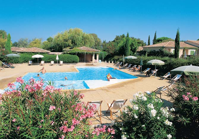location r sidence les jardins de fontanilles location vacances saint r my de provence. Black Bedroom Furniture Sets. Home Design Ideas