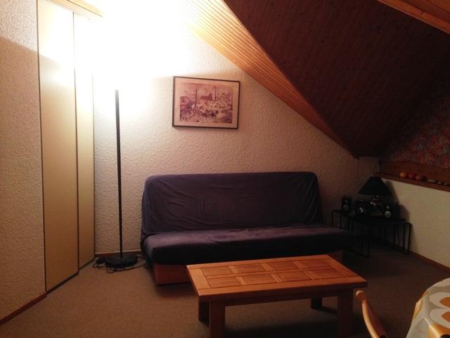 Appartement de particulier - LESCOMBETTES309