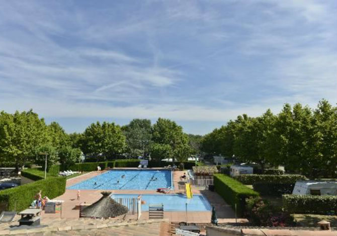 Location camping la plage d 39 argens 3 location vacances for Camping st aygulf avec piscine