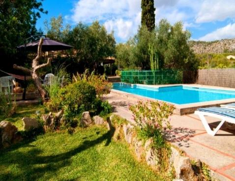 location villa puga location vacances majorque. Black Bedroom Furniture Sets. Home Design Ideas