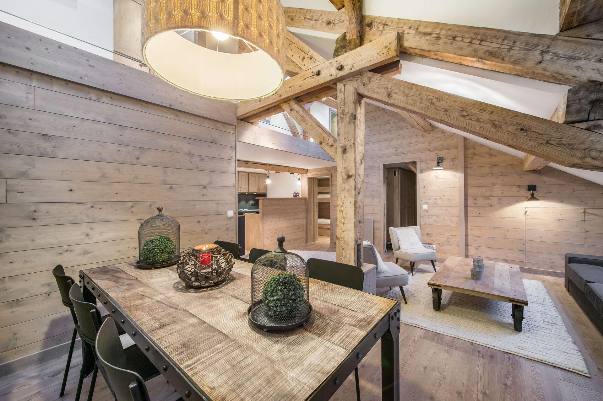Appartements Les Cimes - Heb. + Skipass + Mat. de ski + Repas