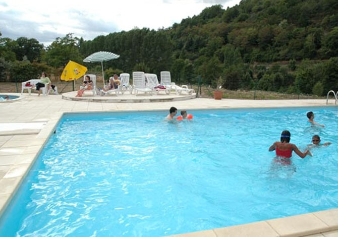 Location r sidence le colombier location vacances saint for Piscine du colombier