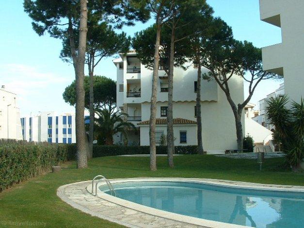 Location appartements cache cash avec piscine l 39 escala for Cash piscine espagne