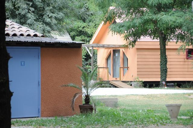 Location camping belle rive 3 location vacances montfrin for Bell rive