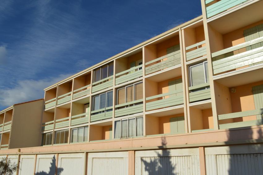 Location appartements le carlton location vacances port leucate - Location appartement vacances port leucate ...
