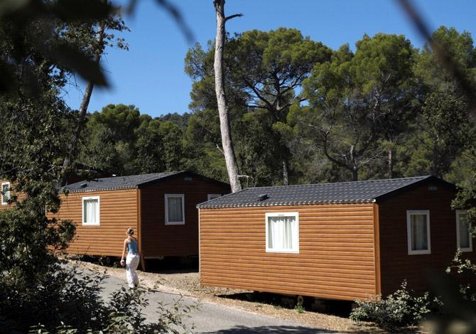 location camping la for t de janas location vacances la seyne sur mer. Black Bedroom Furniture Sets. Home Design Ideas