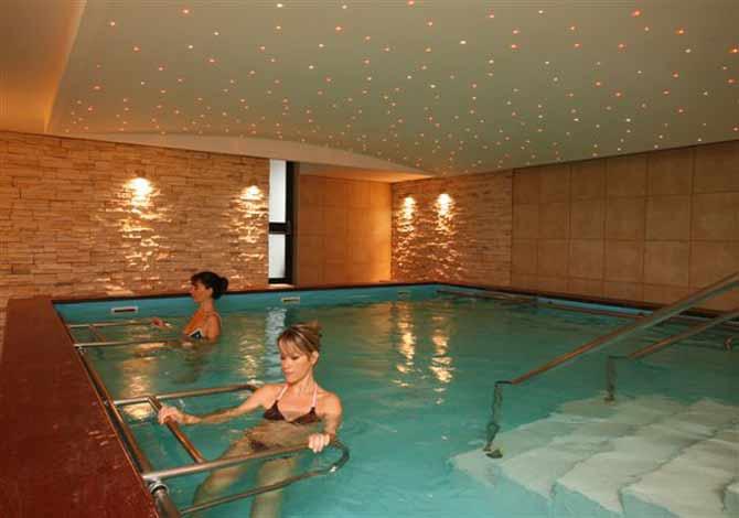 location mercure ariana aix les bains thalassa sea spa location vacances aix les bains. Black Bedroom Furniture Sets. Home Design Ideas