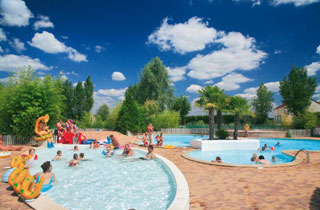 Location camping international location vacances presqu for Camping giens avec piscine
