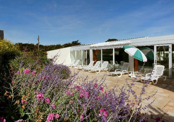 Location h tel ibis thalassa sea spa quiberon for Hotel quiberon piscine