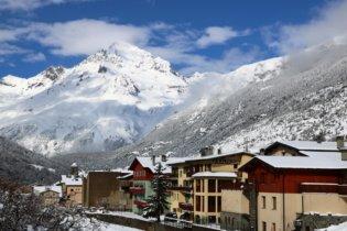Hotel Alpazur 3* - Heb. + Skipass + Mat. de ski + Repas