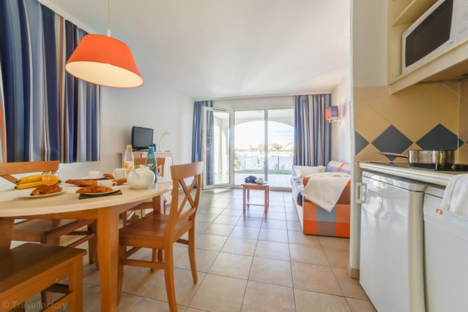 Location r sidence pierre vacances catalana 4 location vacances le barcar s - Residence catalana port barcares ...