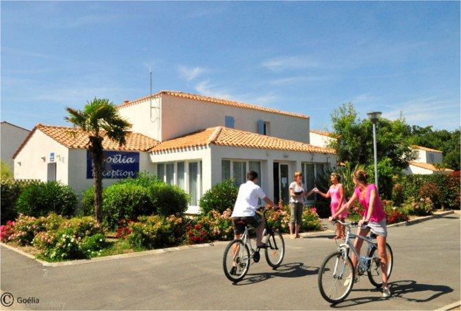 Location la palmeraie 3 location vacances ile d 39 ol ron for Garage renault ile d oleron