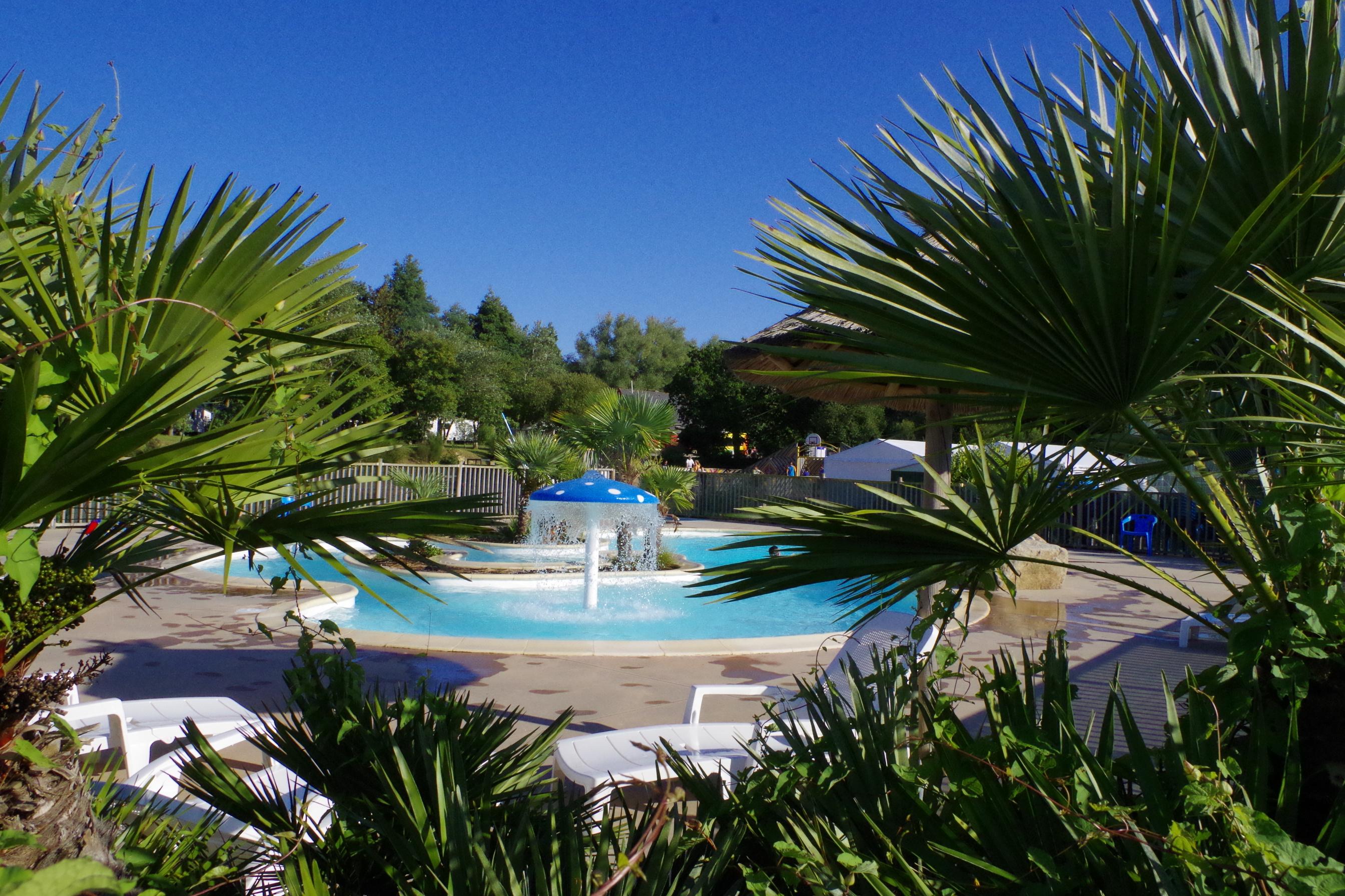 Vacances : Camping Domaine de Mesqueau ***
