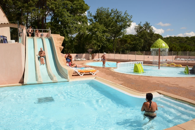 Vacances : Camping Lou Cantaire ***