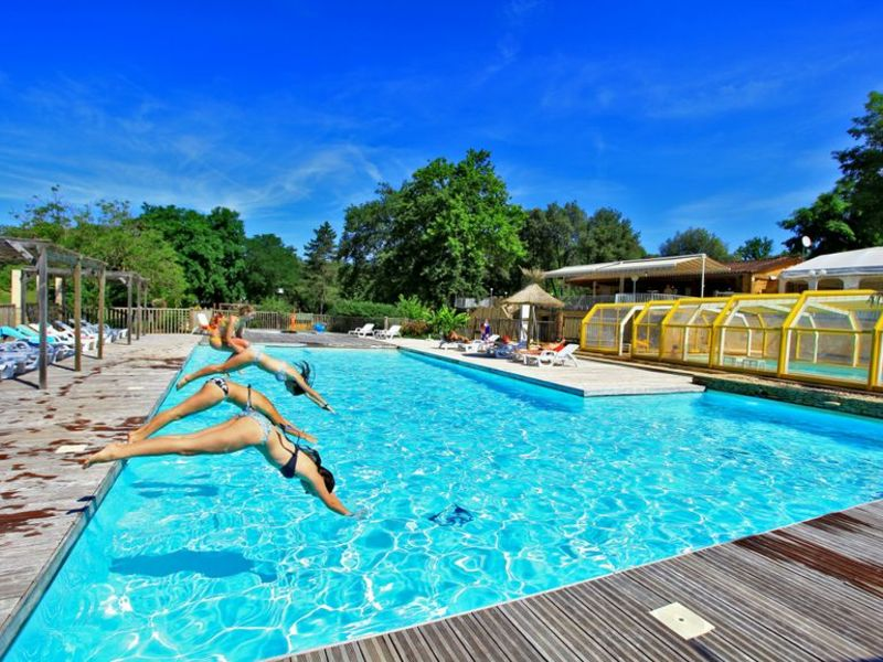 Camping Domaine des Chenes Verts 4*