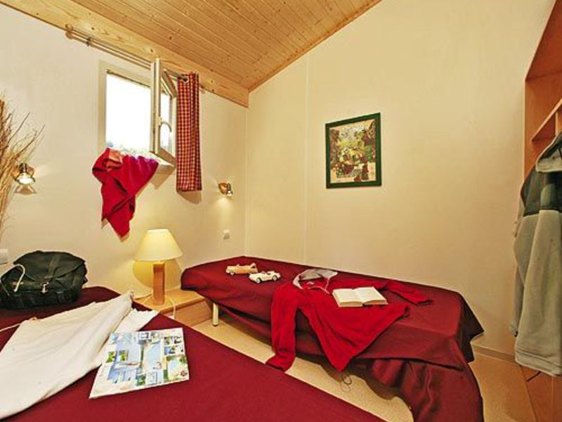 Camping Chanterelles - Bel Air Village 3*