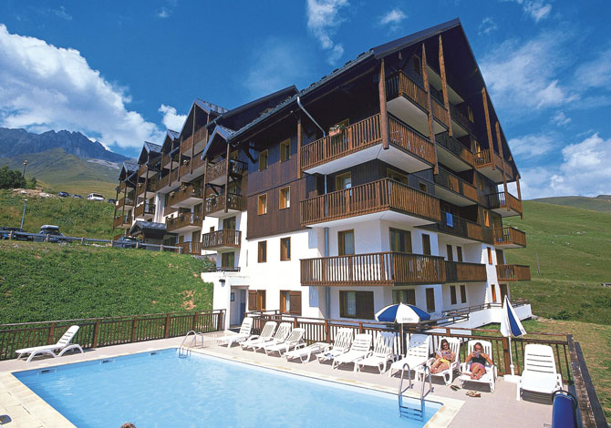 Location r sidence odalys les balcons du soleil location for Piscine longchamps