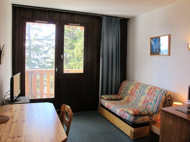 location appartements le vanoise location vacances la rosi re. Black Bedroom Furniture Sets. Home Design Ideas