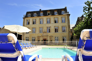 Vacances : Résidence Le Chateau Ricard ***