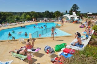 Photo Camping Le Pin Parasol *****