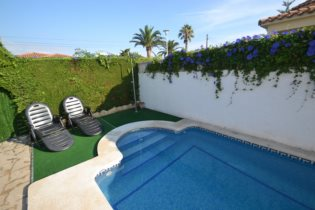 Vacances : Villa Violetes
