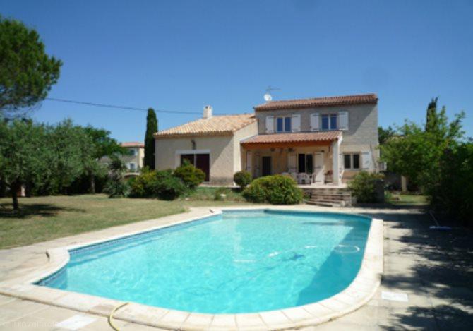location villa avec piscine ac4961 location vacances martigues la couronne. Black Bedroom Furniture Sets. Home Design Ideas
