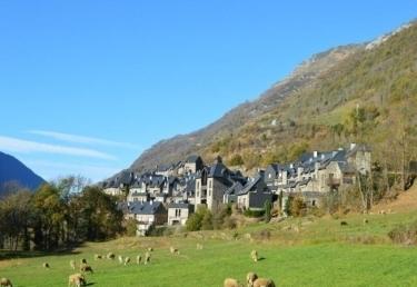 Location pyrenees soleil location vacances luz saint sauveur - Office tourisme luz st sauveur ...