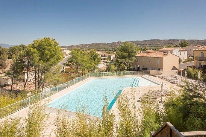 Location pierre vacances villages pont royal en provence for Camping haute provence avec piscine