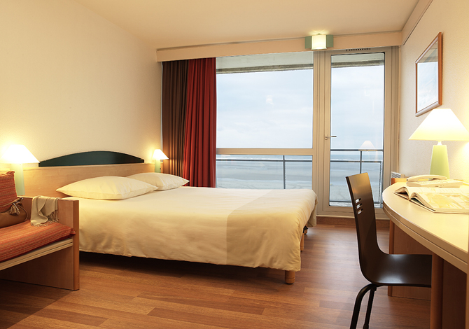 H tel ibis thalassa sea spa le touquet for Hotel touquet avec piscine